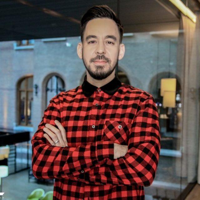 Mike Shinoda Se voc est esperando por guitarras pesadas entohellip